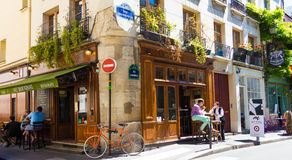Den traditionella franska kaféauen Bougnat, Paris, Frankrike Arkivbild
