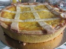 Den traditionella italienska kakan kallade Pastiera Napoletana Royaltyfria Bilder