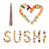 Den traditionella japanska sushi lappar danandeinskriften och hjärtasymbol Arkivfoto