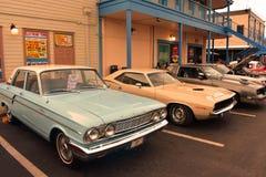 Den traditionella lördag Nite klassiska Car Show är en helgtradition för 28 år på den gamla staden royaltyfria foton