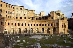 Den Trajan marknaden och det är fördärvar, Rome, Italien Arkivfoto