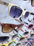 Den Turkiet Marmaris solglasögon shoppar in fönstret Royaltyfri Bild