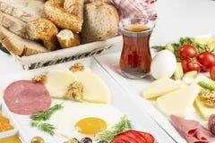 Den turkiska frukosten Royaltyfri Fotografi
