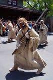 Den Tusken anfallaren (sandfolk) på Star Wars tillbringar veckoslutet på den Disney världen Royaltyfri Bild