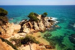 Den typiska costaen Brava landskap Royaltyfri Foto
