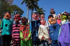 Den typiska maskeraden ståtar i Costa Rica Arkivbild