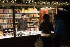 Den tyska julen för den sjätte vinterunderland marknadsför i London Arkivfoto