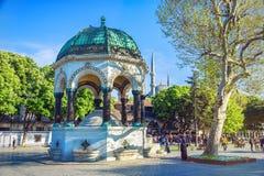 Den tyska springbrunnen på den Sultanahmet fyrkanten Arkivfoton