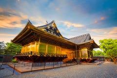 Den Ueno Toshogu relikskrin i Ueno parkerar, Tokyo, Japan royaltyfri foto