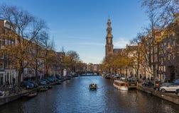 Den underbara gamla staden av Amsterdam, Netherland arkivbilder