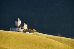 Den underbara slotten av museet Ladin Ciastel de Tor Arkivfoto