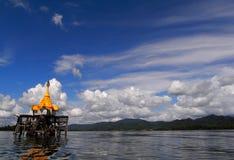 Den undervattens- buddistkyrkan Arkivfoton