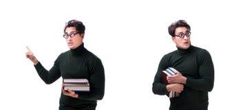 Den unga studenten för nerd med böcker som isoleras på vit arkivbild