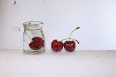 Den uppfriskande körsbäret Arkivbild
