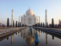Den ursnygga Taj Mahal, Agra, Indien arkivbild
