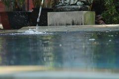 Den utomhus- pölen, så stillhet och kopplar av, version 8 Fotografering för Bildbyråer