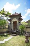 Balinesen utformar tropisk trädgårds- design Fotografering för Bildbyråer