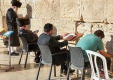 Den västra väggen också som är bekant som den att jämra sig väggen eller Kotel i Jerusal Arkivbild