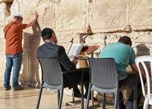 Den västra väggen också som är bekant som den att jämra sig väggen eller Kotel i Jerusal Royaltyfri Foto