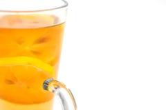 Den varma citrusa drinken med alkohol, produktfotografi för restaurang, övervintrar den varma drinken Arkivbilder
