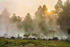 Den varma våren på Chae Son National Park i det Lampang landskapet, Th Arkivfoton