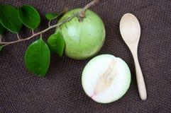 Den Vietnam gårdsprodukten, mjölkar frukt, stjärnaäpple Arkivfoton