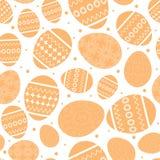 Den vita easter sömlösa modellen med apelsinen dekorerade easter ägg Royaltyfria Foton