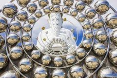 Den vita statyn av fem Lord Buddha Arkivbild