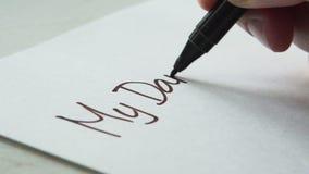 Den Wörtern eines Buchstaben meinen Liebling schreiben stock video