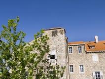 Den Walled staden av Dubrovnic i Kroatien Europa är det en av de mest ljuva turist- semesterorterna av det medelhavs- Dubrovnik ä Royaltyfri Bild