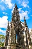 Den Walter Scott monumentet på prinsessagatan Arkivfoto
