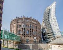 Den Wien gasklockan på solig dag i Wien, Österrike arkivbilder