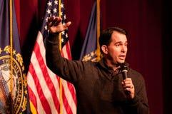 Den Wisconsin regulatorn Scott Walker talar i harmoni, New Hampshire, USA Arkivfoto