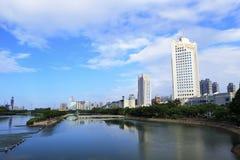 Den xiamen staden i molnig dag Arkivbilder