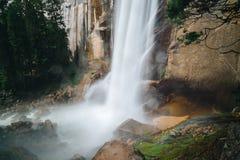 Den Yosemite nationalparken är en Förenta staternanationalpark royaltyfria bilder
