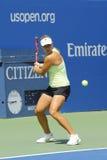 Den yrkesmässiga tennisspelaren Angelique Kerber från Tyskland öva för US Open 2014 på Billie Jean King National Tennis Center Arkivfoton