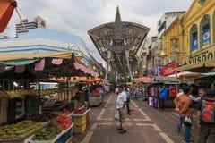 Den yttre fasaden av den centrala marknaden grundade i 1888, också bekant som den Pasar Seni marknaden, en av arvbyggnaderna i Ku Royaltyfri Bild