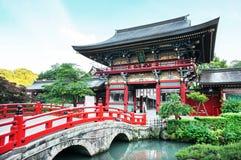 Den Yutoku Inari relikskrin är en Shintorelikskrin Arkivfoton