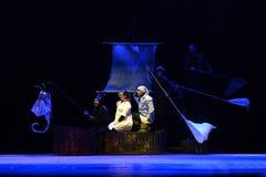 Den Zilina dockateatern utför berättelsen av Peter Pan Royaltyfria Bilder