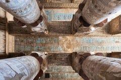 寺庙dendera的天花板 免版税库存照片