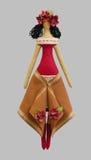 Denhandgjorda isolerade dockaflickan i ukrainska folk utformar klänningen Royaltyfri Fotografi