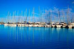 Denia小游艇船坞口岸在有小船的阿利坎特西班牙 免版税库存照片