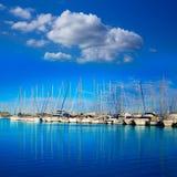 Denia marinaport i Alicante Spanien med fartyg Royaltyfri Bild