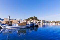 Denia Port avec la province Espagne d'Alicante de colline de château Image libre de droits