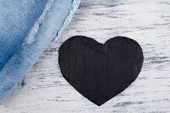 denim Предпосылка текстуры джинсов вектор Валентайн иллюстрации дня пар любящий Стоковые Изображения RF