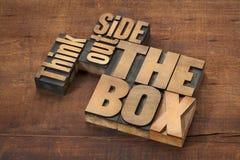 Denk buiten de doos Royalty-vrije Stock Foto