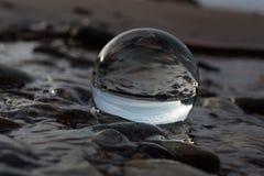 Denk in kristallen bol na Royalty-vrije Stock Foto