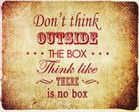 Denk niet buiten het dooscitaat Stock Foto