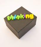 Denken aus dem Kasten heraus. Lizenzfreies Stockbild