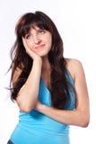 Denken, Holdingkopf der jungen Frau träumend Stockfotos